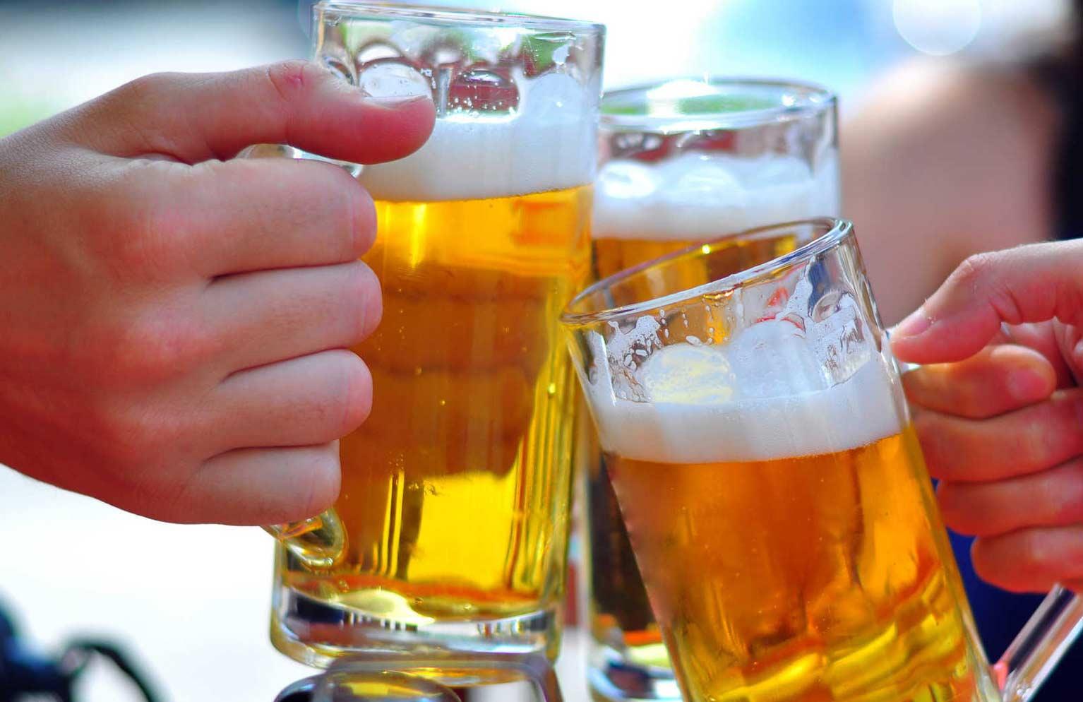 uống nhiều bia rượu bệnh gan